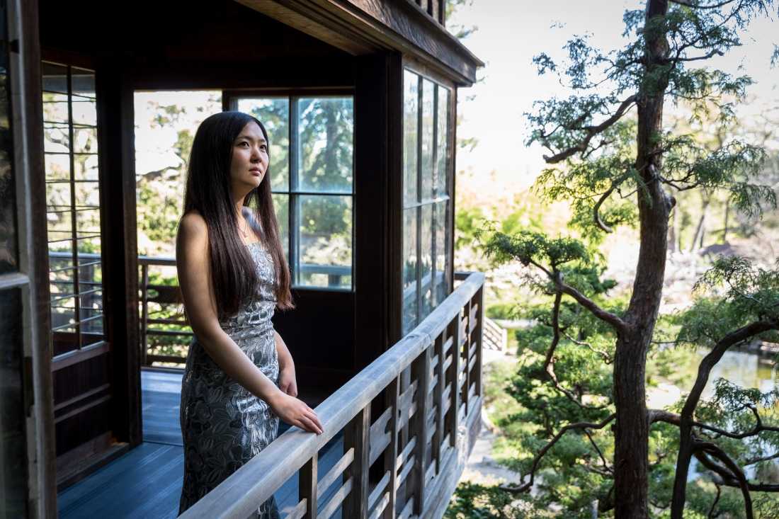 Akina Yura - Discovering Shishido